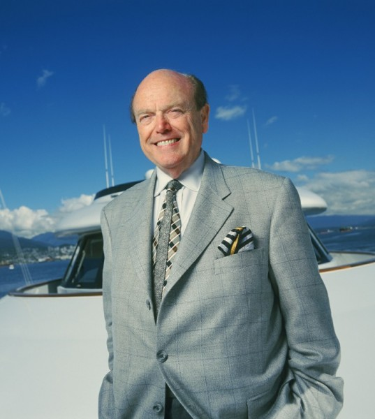 Jim Pattison earned a  million dollar salary, leaving the net worth at 9500 million in 2017